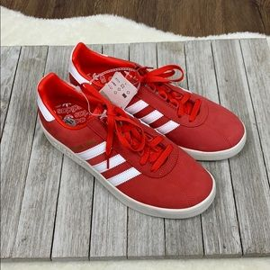 Adidas NWT Red Trimm Trab Rival Pack Sneakers